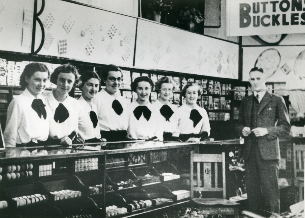 Barter's store and staff, Forest Road, Hurstville. Date unknown.  Georges River Council Local Studies collection.