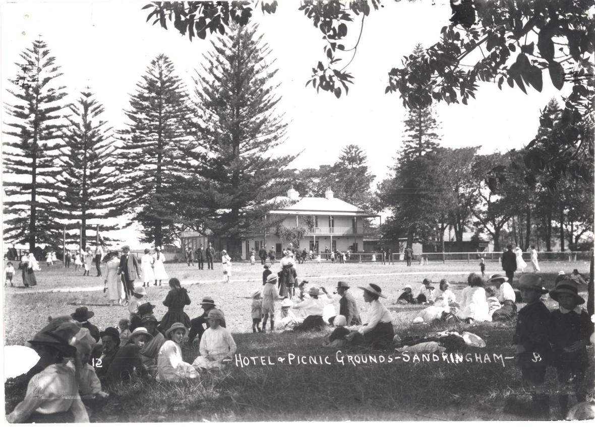 Prince of Wales Hotel, Sandringham c. 1915. Georges River Council Local Studies collection.