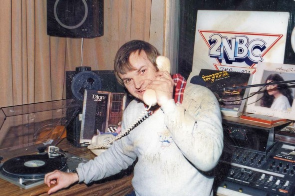 Presenter Andrew Drylie still with 2NBC after 35 years 1989